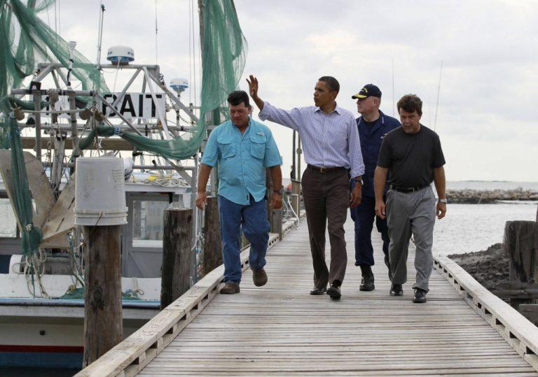 Ομπάμα: «Θέλω να ξέρω τίνος τον κ…ο να κλωτσήσω»   Newsit.gr