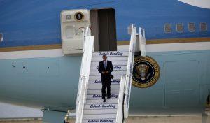 Μπαράκ Ομπάμα: Καρέ – καρέ η άφιξη στην Αθήνα [pics, vids]