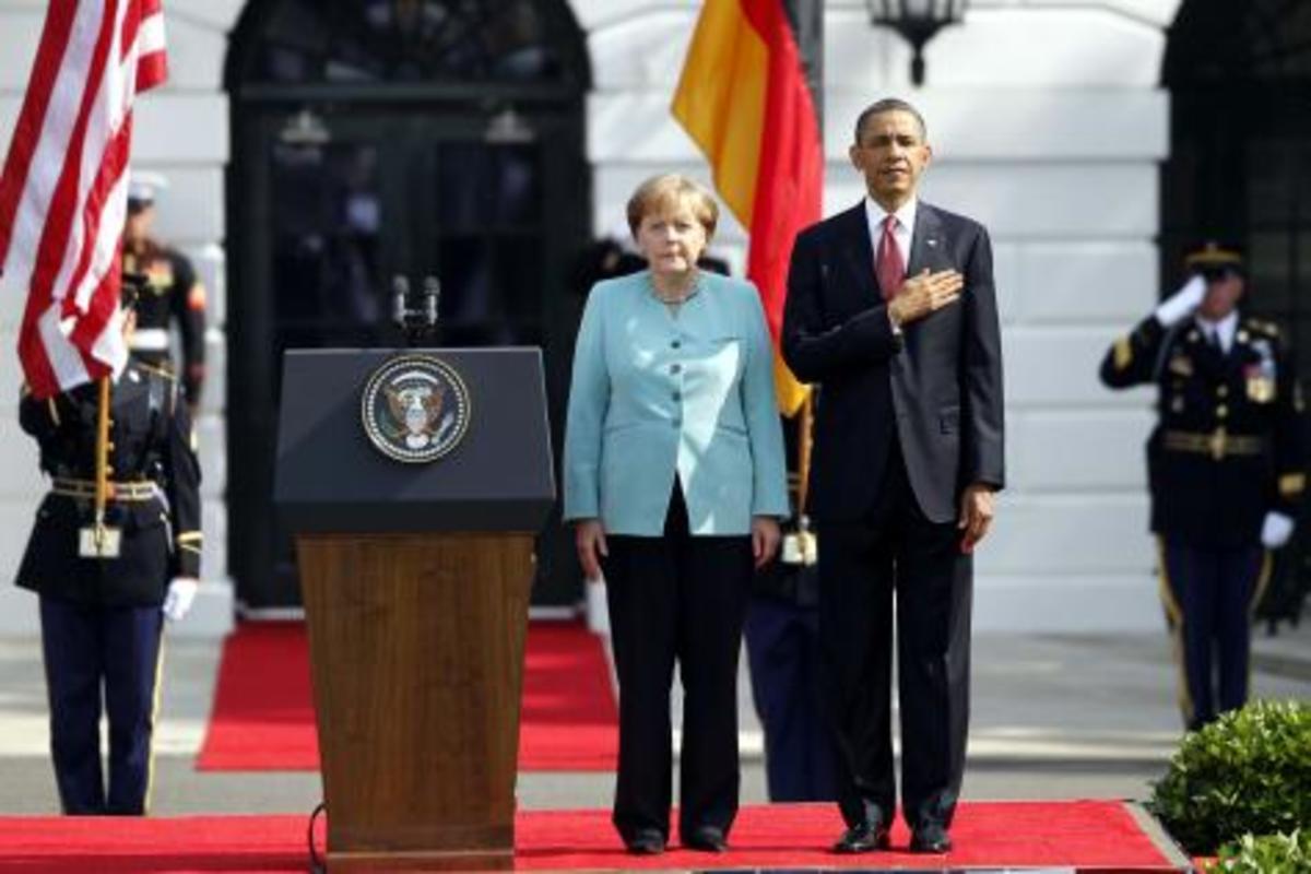 Ομπάμα προς Μέρκελ:»Χαλάρωσε τη λιτότητα,πάρε μέτρα ανάπτυξης, μας πας σε παγκόσμια ύφεση»   Newsit.gr