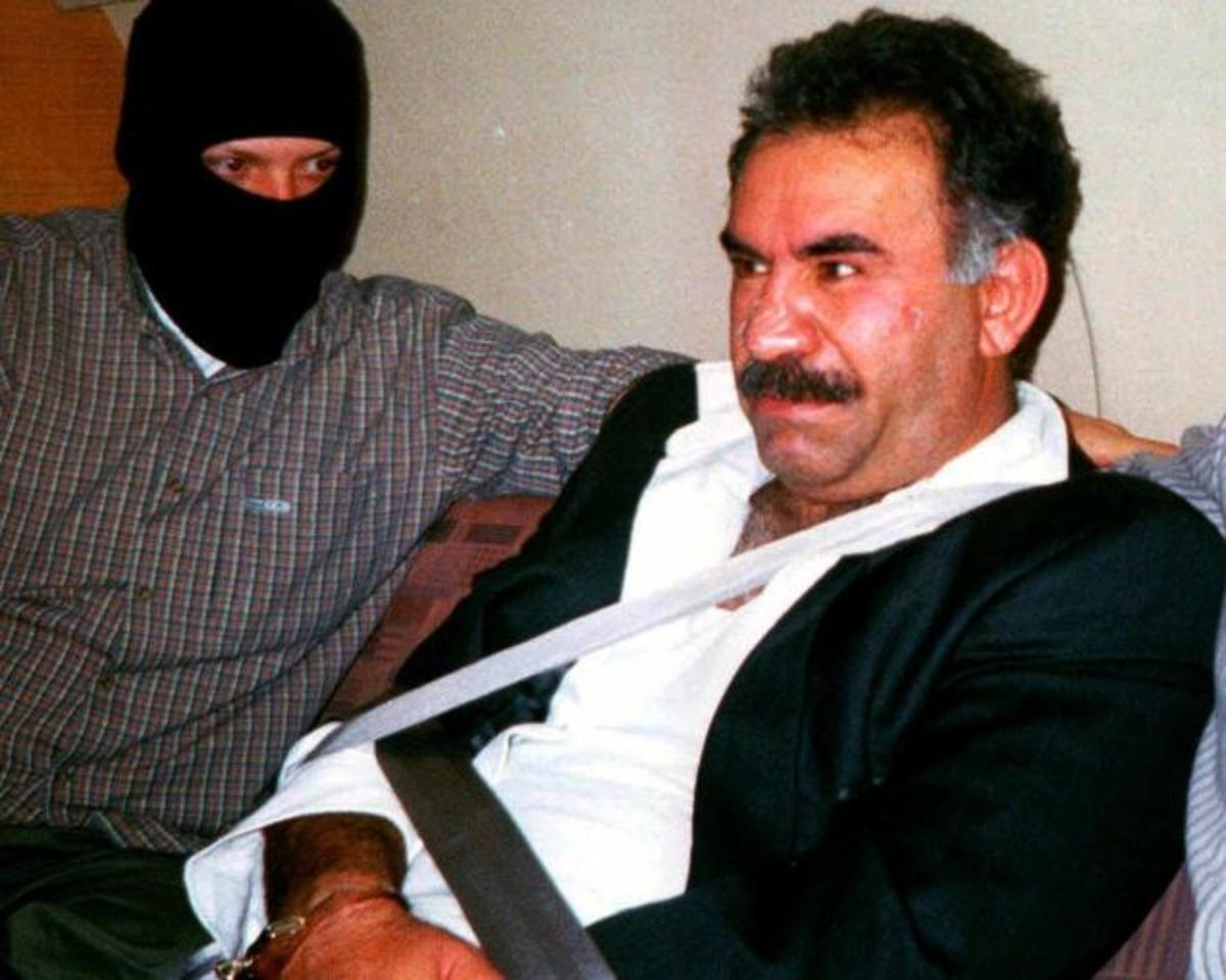 Ο Οτσαλάν ζητεί να τερματιστεί ο ένοπλος αγώνας των Κούρδων | Newsit.gr