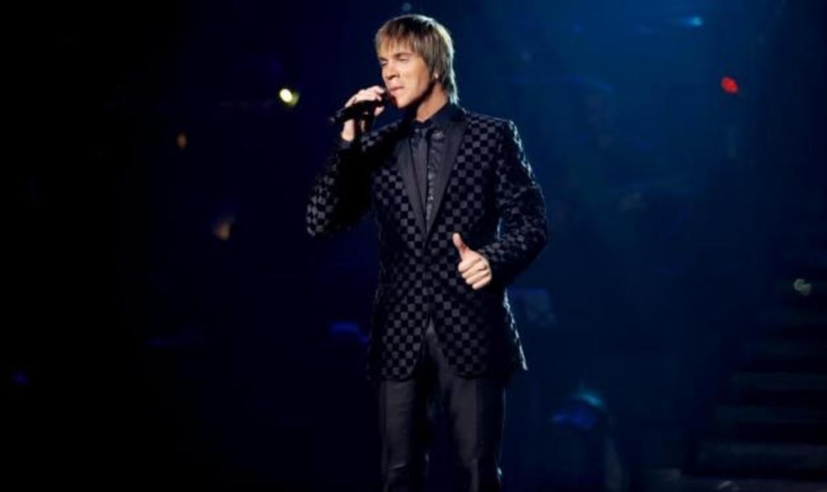 Γνωστός πολιτικός δηλώνει πως τον αντιπροσωπεύει το καινούριο τραγούδι του Ν. Οικονομόπουλου! | Newsit.gr