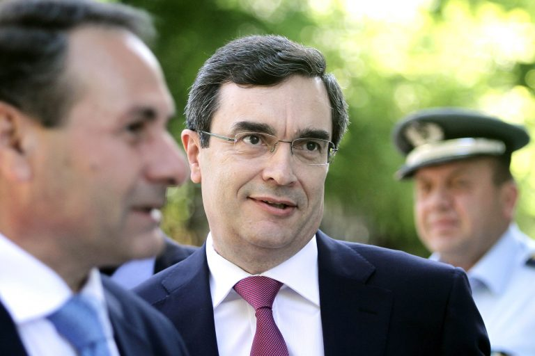 Συνάντηση του υπ. Προστασίας του Πολίτη με ΔΗΜΑΡ και ΕΛΑΣ για την παράνομη μετανάστευση | Newsit.gr