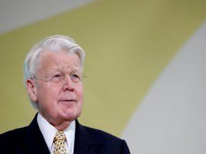 Ο Γκρίμσον δεν θα διεκδικήσει 6η θητεία στην Ισλανδία μετά το σκάνδαλο των Panama Papers