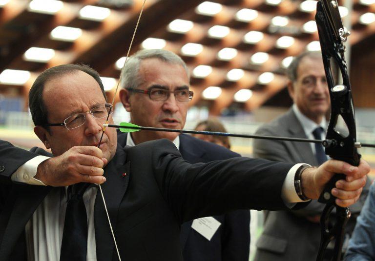 Στο 53% έπεσε η δημοτικότητα του προέδρου Φρανσουά Ολάντ | Newsit.gr