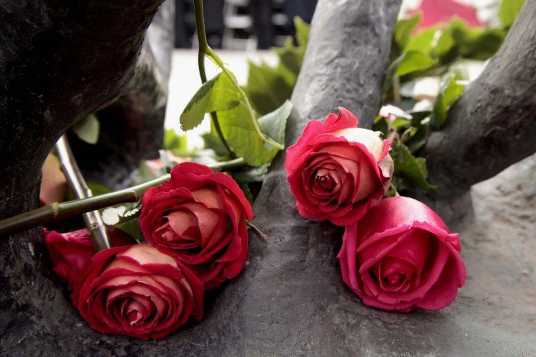 Θεσσαλονίκη: Τίμησαν τα θύματα του Ολοκαυτώματος (ΦΩΤΟ) | Newsit.gr