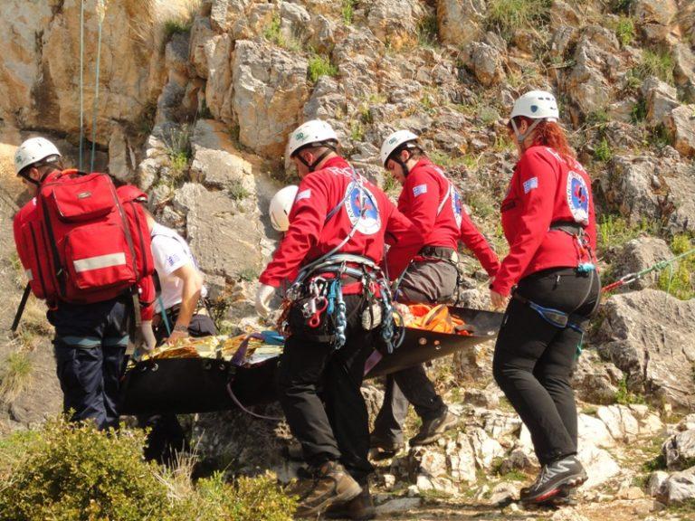 Όλυμπος: Έπεσε σε χαράδρα και σκοτώθηκε! | Newsit.gr