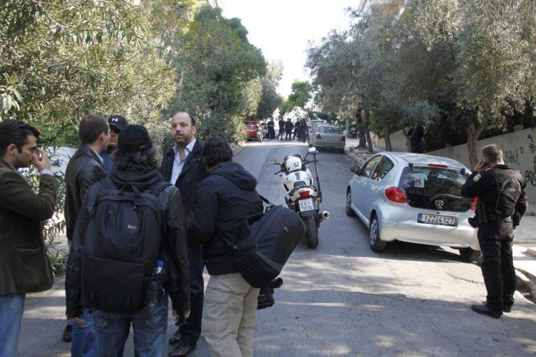 Πυροβόλησαν αστυνομικούς-Συνελήφθη Αλβανός αδειούχος από φυλακές   Newsit.gr