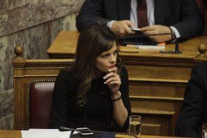 Υπ. Εργασίας: Η Ελλάδα θα θεσπίσει νέο σύστημα προέγκρισης των ομαδικών απολύσεων