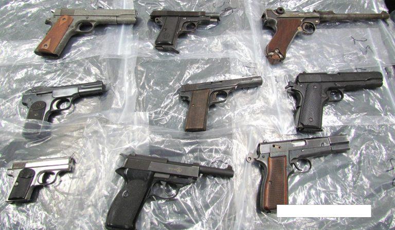 Λευκάδα: Έκρυβε όπλα παντού!   Newsit.gr