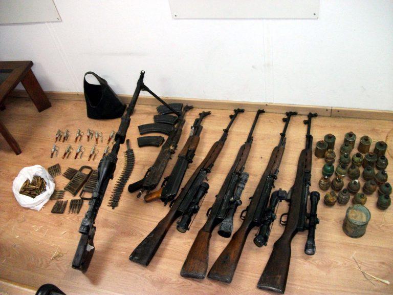 Γιάννενα: Συλλήψεις για εμπόριο όπλων | Newsit.gr