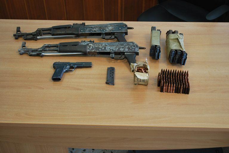 Θεσπρωτία: Kυκλοφορούσε με σάκο-«οπλοστάσιο» | Newsit.gr