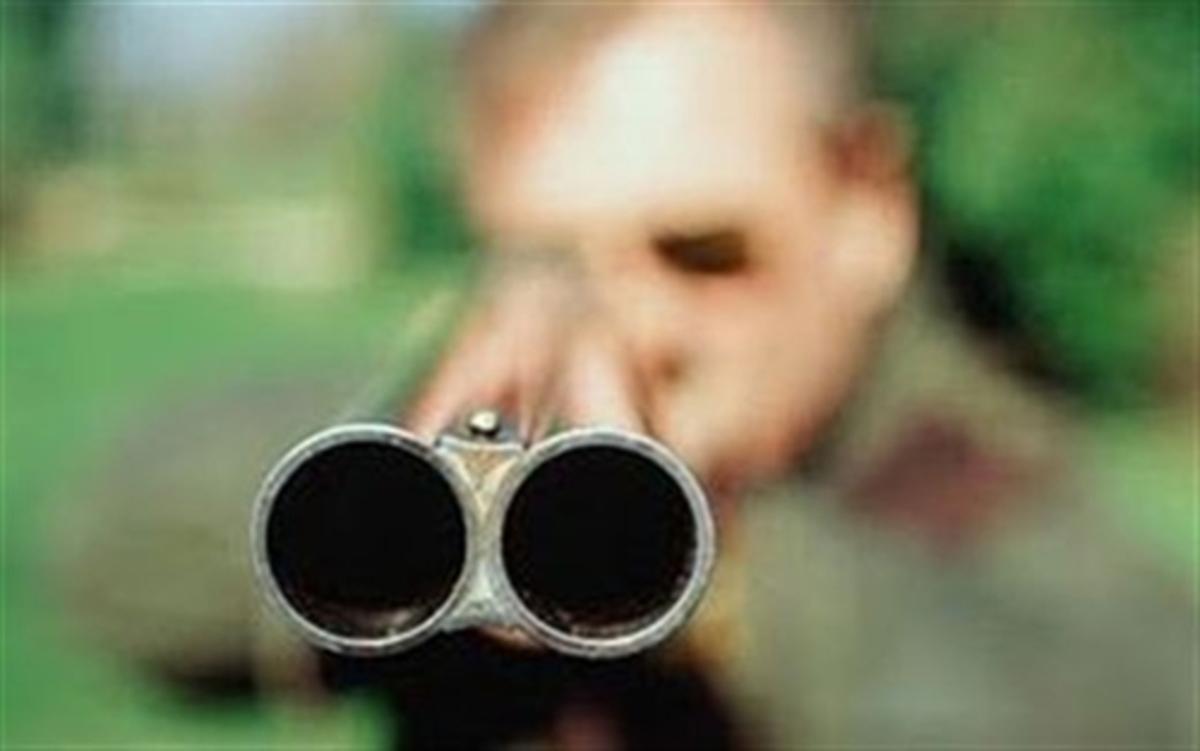 Εύβοια: Είχε κέφια και πυροβολούσε! | Newsit.gr