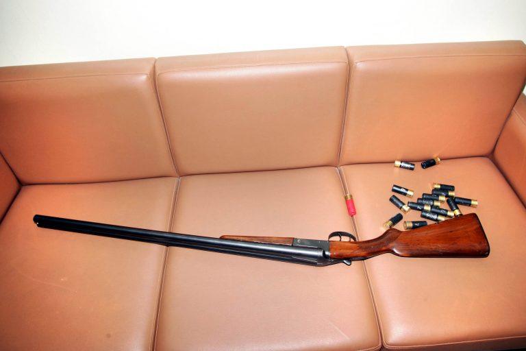 Κορινθία: Έκρυβε όπλο που είχε κλέψει το 2008! | Newsit.gr