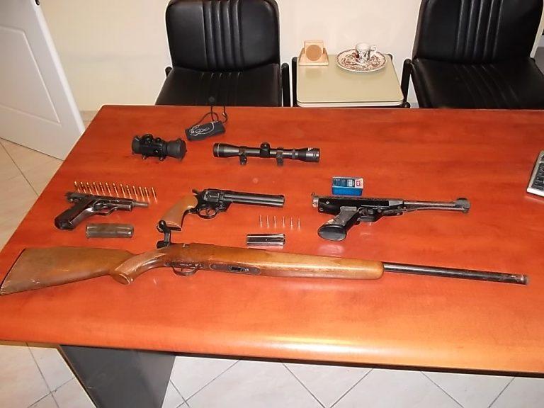 Κρήτη: Έκρυβε ένα μικρό οπλοστάσιο στο σπίτι του – ΦΩΤΟ   Newsit.gr