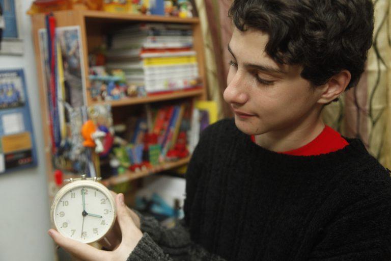 Πότε αλλάζει η ώρα: Γιατί γυρίζουμε τα ρολόγια μία ώρα μπροστά   Newsit.gr
