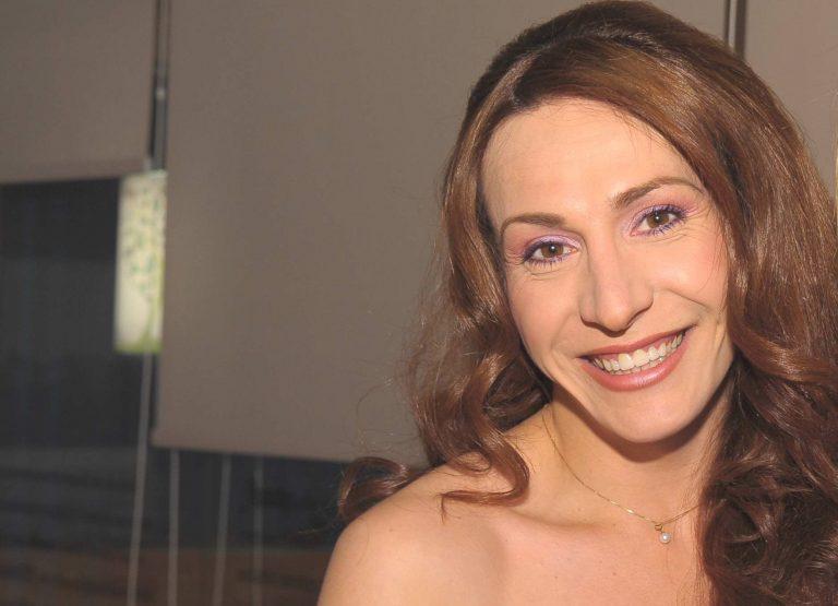 Μίνα Ορφανού: «Από τους Βασιλιάδες έχω πάρει μόνο ένα μηνιάτικο»! | Newsit.gr