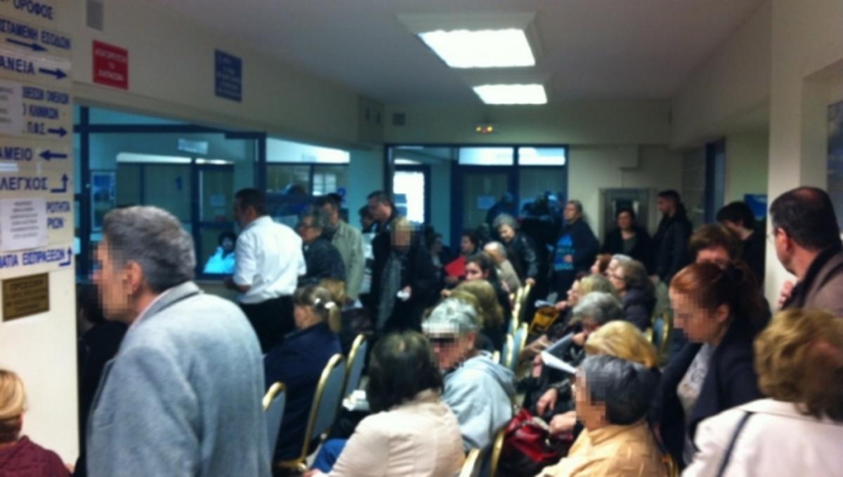 Και οι γιατροί στις ουρές αναστενάζουν! Που περιμένουν για ώρες; | Newsit.gr