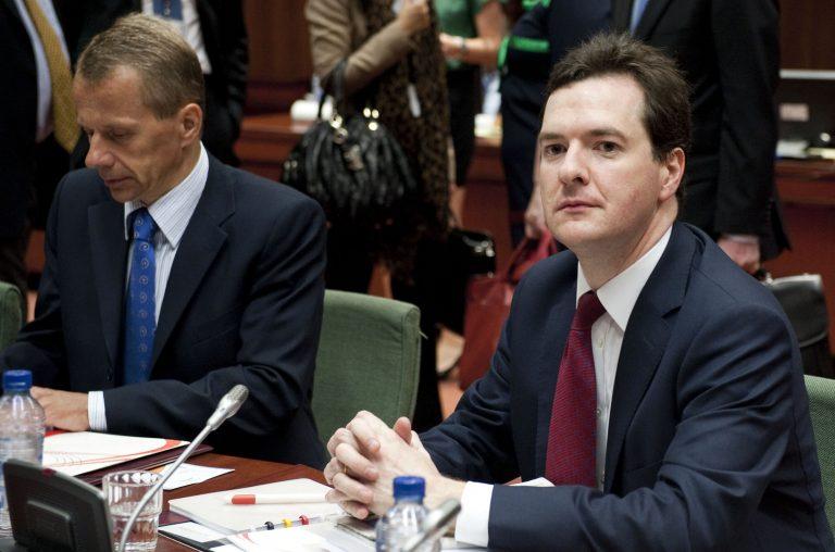 Η Βρετανία κόβει 10 δισ στερλίνες από τις κοινωνικές δαπάνες | Newsit.gr