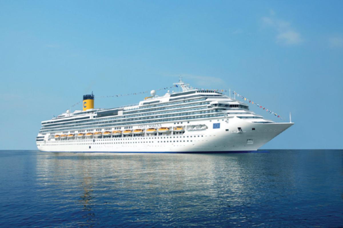 Δύο κρουαζιερόπλοια με 6.100 επιβάτες έρχονται με την έλευση του 2011   Newsit.gr