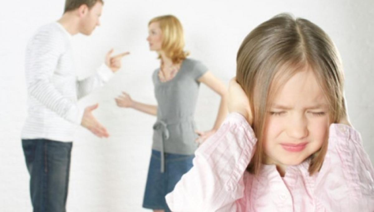 Πως βιώνουν τα παιδιά ένα διαζύγιο; – Παιδοψυχολόγος εξηγεί | Newsit.gr