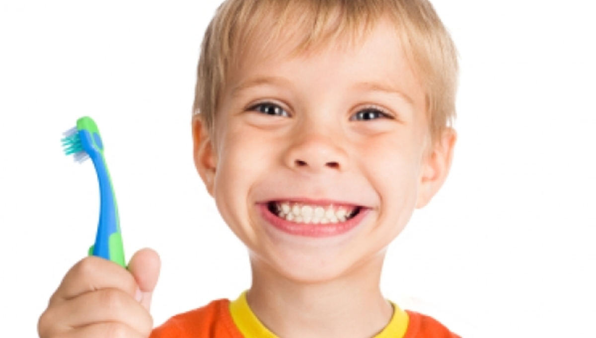Στα 12 τους τα Ελληνόπουλα έχουν ήδη 3 χαλασμένα δόντια | Newsit.gr