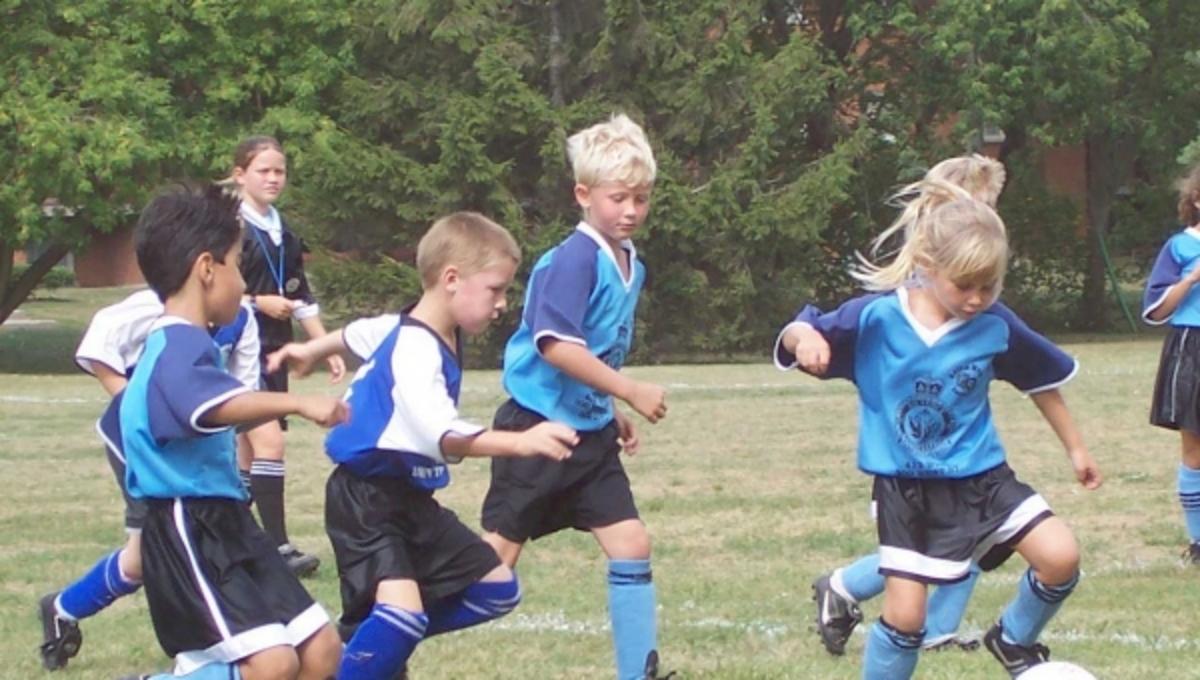 Πόσα λεπτά άθλησης είναι απαραίτητα καθημερινά για τα παιδιά; | Newsit.gr