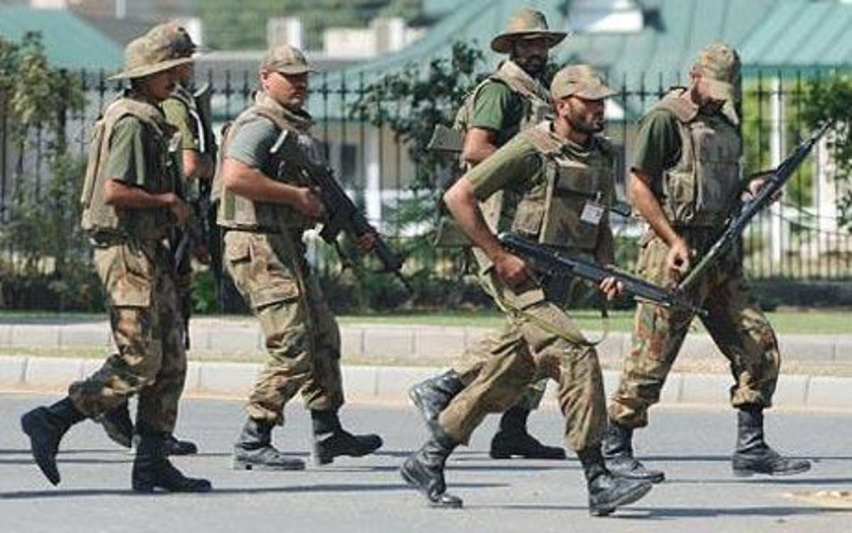 Εννέα στρατιώτες νεκροί στο Πακιστάν | Newsit.gr