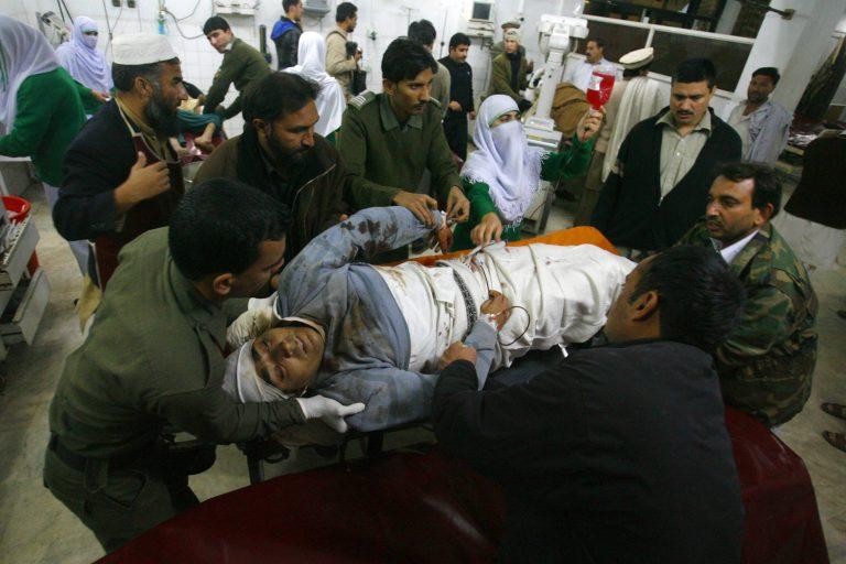 Οι Ταλιμπάν πίσω από την επίθεση στο αεροδρόμιο της Πεσαβάρ | Newsit.gr