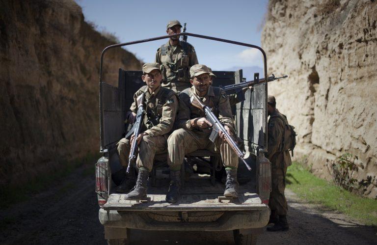 Επιχειρήσεις με 38 νεκρούς στο Πακιστάν | Newsit.gr