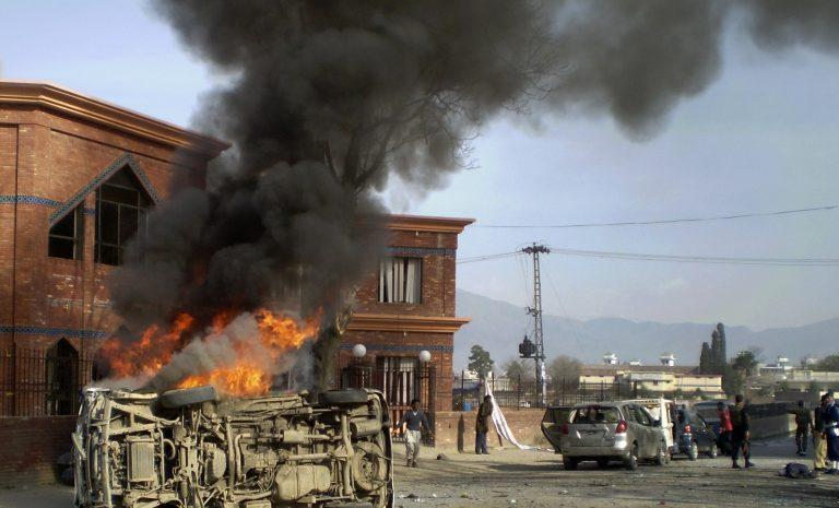 Τέσσερις νεκροί στο Αφγανιστάν   Newsit.gr