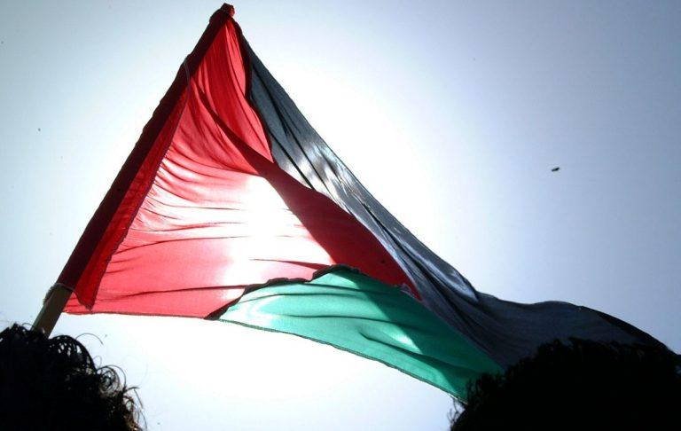 Δυτική Όχθη: Σφαίρες σε Παλαιστίνια που επιτέθηκε με ψαλίδι σε Ισραηλινούς στρατιώτες   Newsit.gr