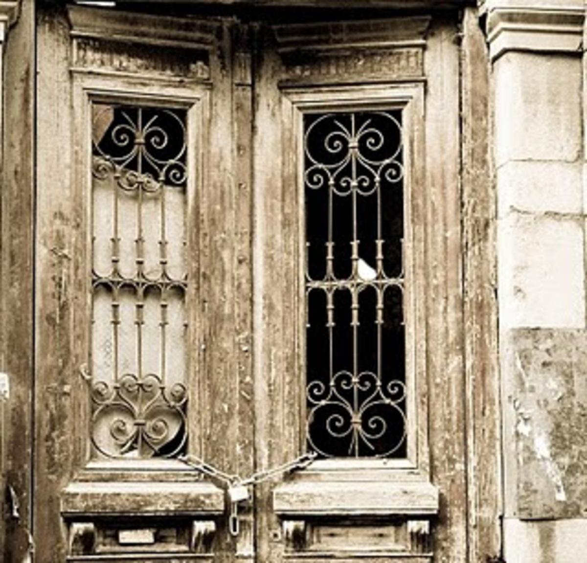 1.700 επικίνδυνα κτίρια χωματερές στην Αθήνα | Newsit.gr