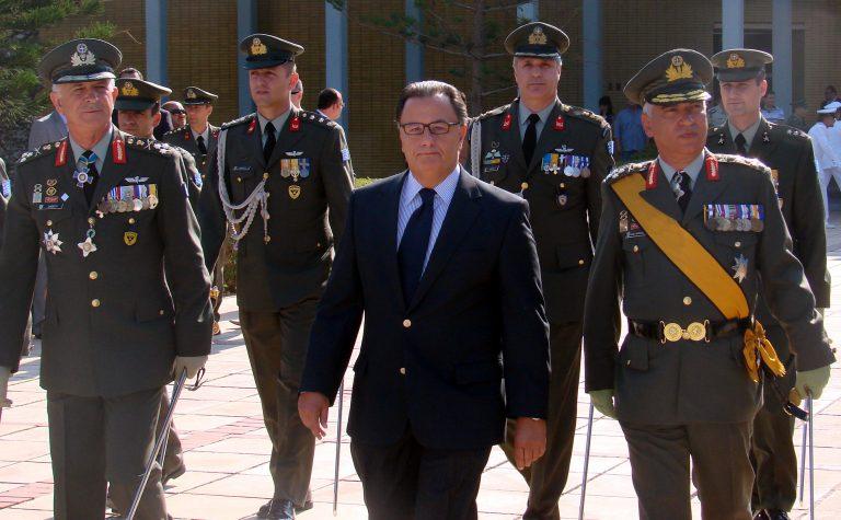 Το ΠΑΣΟΚ στηρίζει τα ισοδύναμα Παναγιωτόπουλου | Newsit.gr