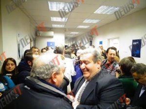 Εκλογές ΝΔ – Αποτελέσματα: Λαοθάλασσα στα γραφεία του Μητσοτάκη – Πανηγυρικό κλίμα