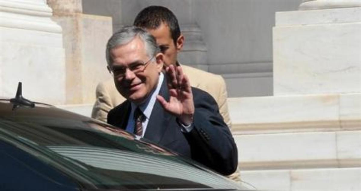 O Economist…ψήφισε Παπαδήμο -«Άσκοπες» χαρακτηρίζει τις εκλογές | Newsit.gr