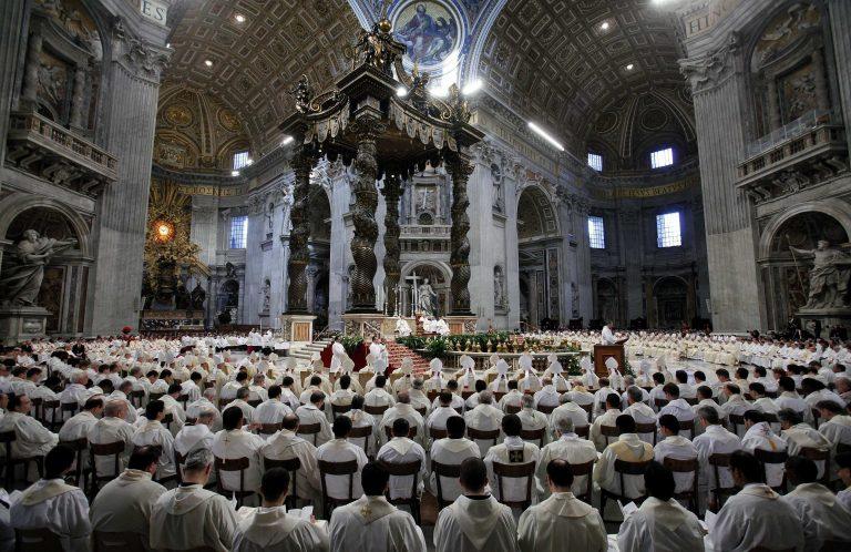 Γερμανοί κληρικοί αλλάζουν τους «κανόνες» λόγω παιδεραστίας | Newsit.gr