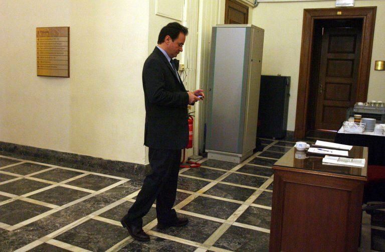 Ο Γ. Παπακωνσταντίνου απαντά με αιχμές στην πρόταση για Προανακριτική Επιτροπή – Δηλώνει πως δεν είχε κίνητρο να αλλοιώσει τη λίστα Λαγκάρντ | Newsit.gr
