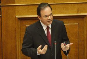 Παπακωνσταντίνου στο Bloomberg: Ο Τσίπρας θα υπογράψει τα μέτρα – Δεν πάει σε εκλογές [vid]