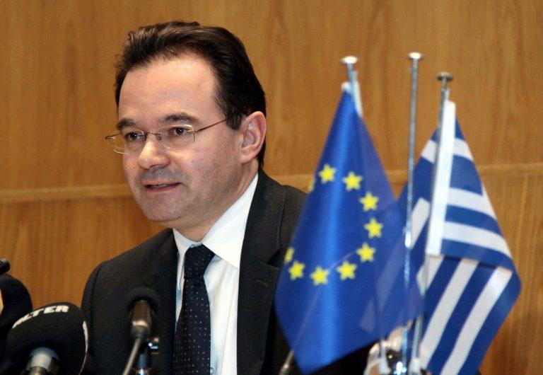 Γ. Παπακωνσταντίνου: Τον επόμενο μήνα η συνολική λύση για την κρίση χρέους | Newsit.gr