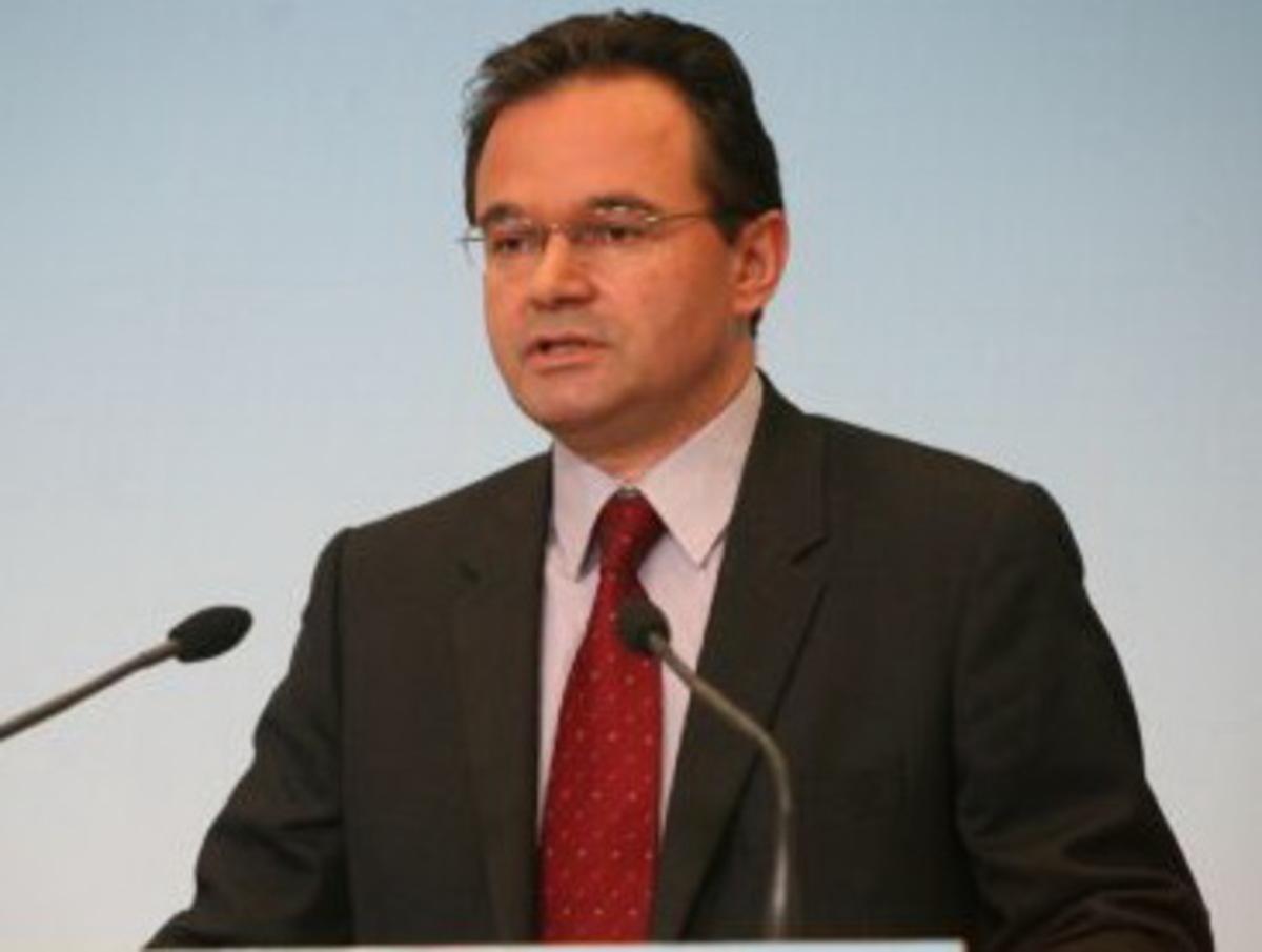 Εκτακτη εισφορά σε επιχειρήσεις και Τράπεζες | Newsit.gr