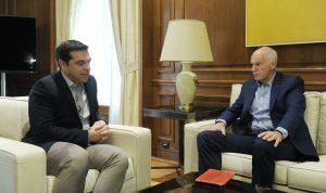 Ο Γ. Παπανδρέου θέλει σπάσιμο περιφερειών και δημοψηφίσματα