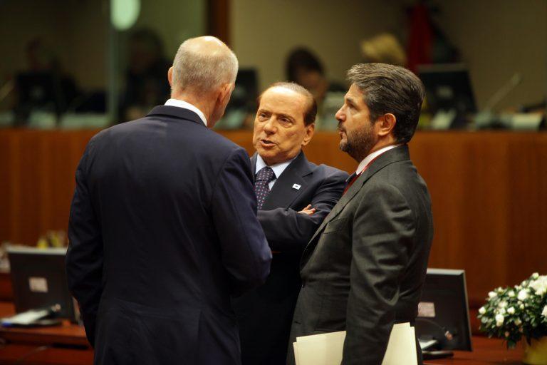 Ούτε ο Μπερλουσκόνι δε συμφωνεί με το δημοψήφισμα!   Newsit.gr