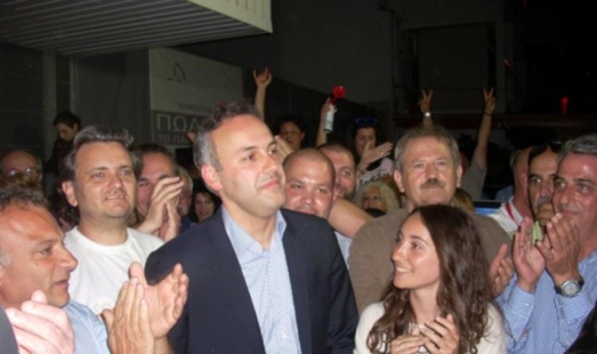 Σαρωτική νίκη Παπανικολάου στη Γλυφάδα | Newsit.gr