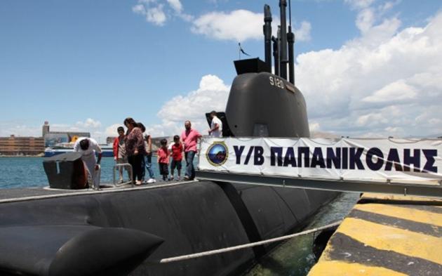 Πολεμικά πλοία από αύριο στον Πειραιά – Επισκεφθείτε το υποβρύχιο Παπανικολής | Newsit.gr