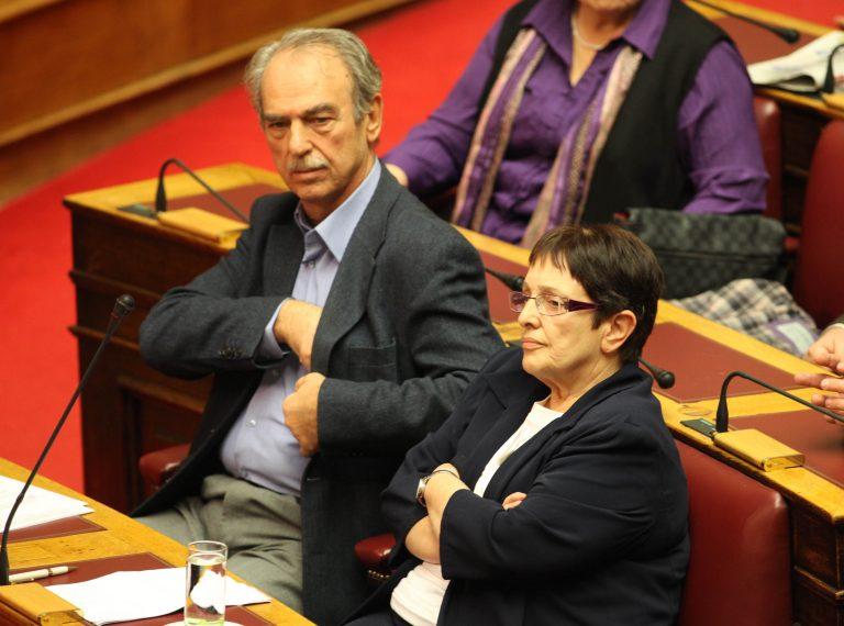 Πάπαρηγα: Δε θα περάσουν οι εκβιασμοί | Newsit.gr