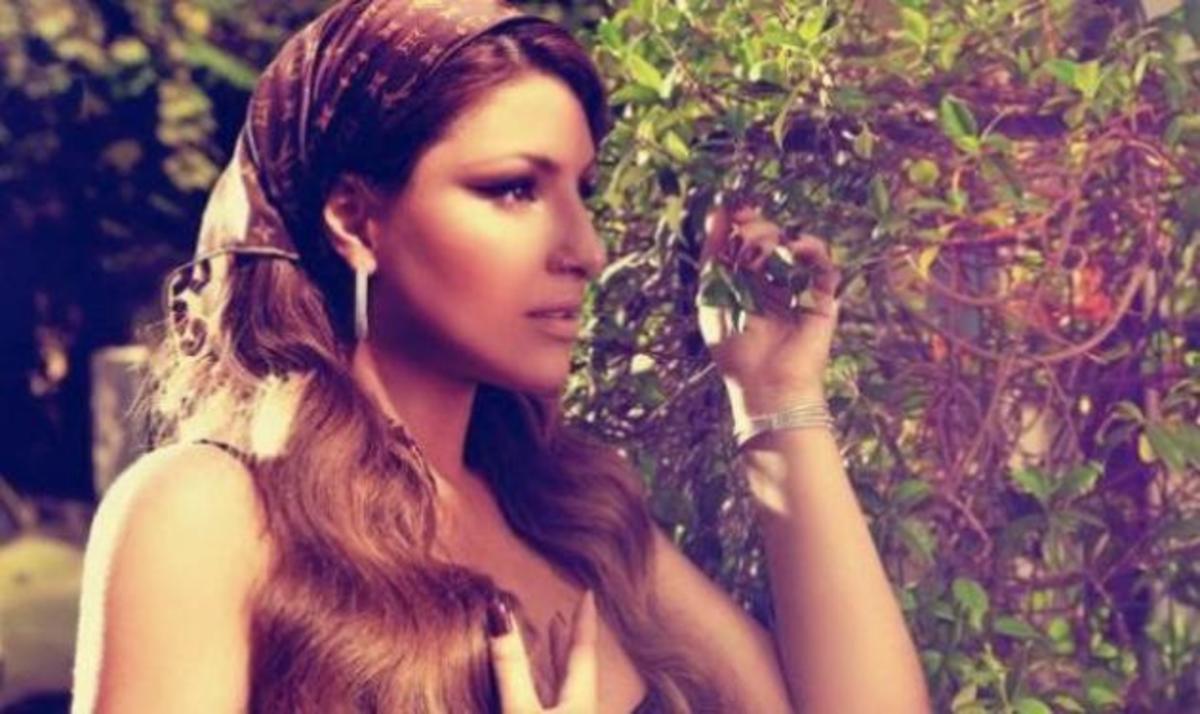 Ε. Παπαρίζου: Της έκανε πρόταση γάμου ο Ανδρέας Καψάλης! | Newsit.gr