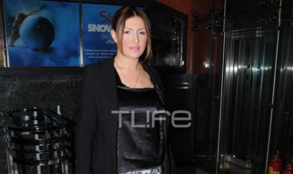 Νέα βραδινή έξοδος για την Έλενα Παπαρίζου! Δες φωτογραφίες | Newsit.gr
