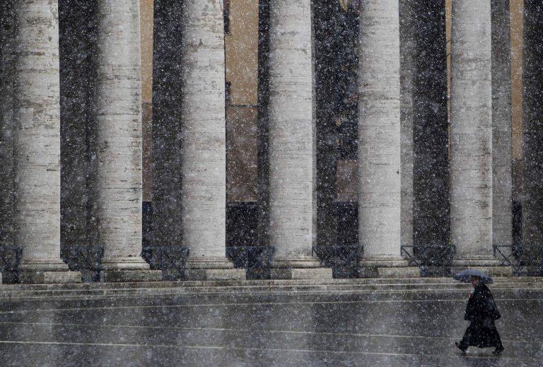 Έρευνα για σεξουαλικό σκάνδαλο και στον κλήρο της Ολλανδίας | Newsit.gr
