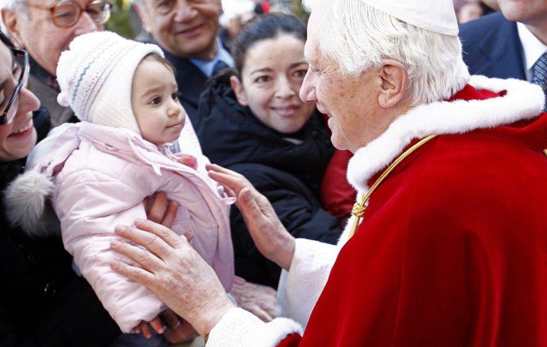 Παιδεραστής, φιλοξενούμενος του Πάπα   Newsit.gr