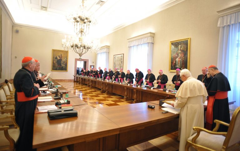 Σκληρή δοκιμασία για το Βατικανό | Newsit.gr